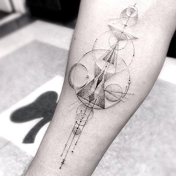 i tatuaggi geometrici di dr woo tatuatore da quando aveva 13 anni keblog. Black Bedroom Furniture Sets. Home Design Ideas