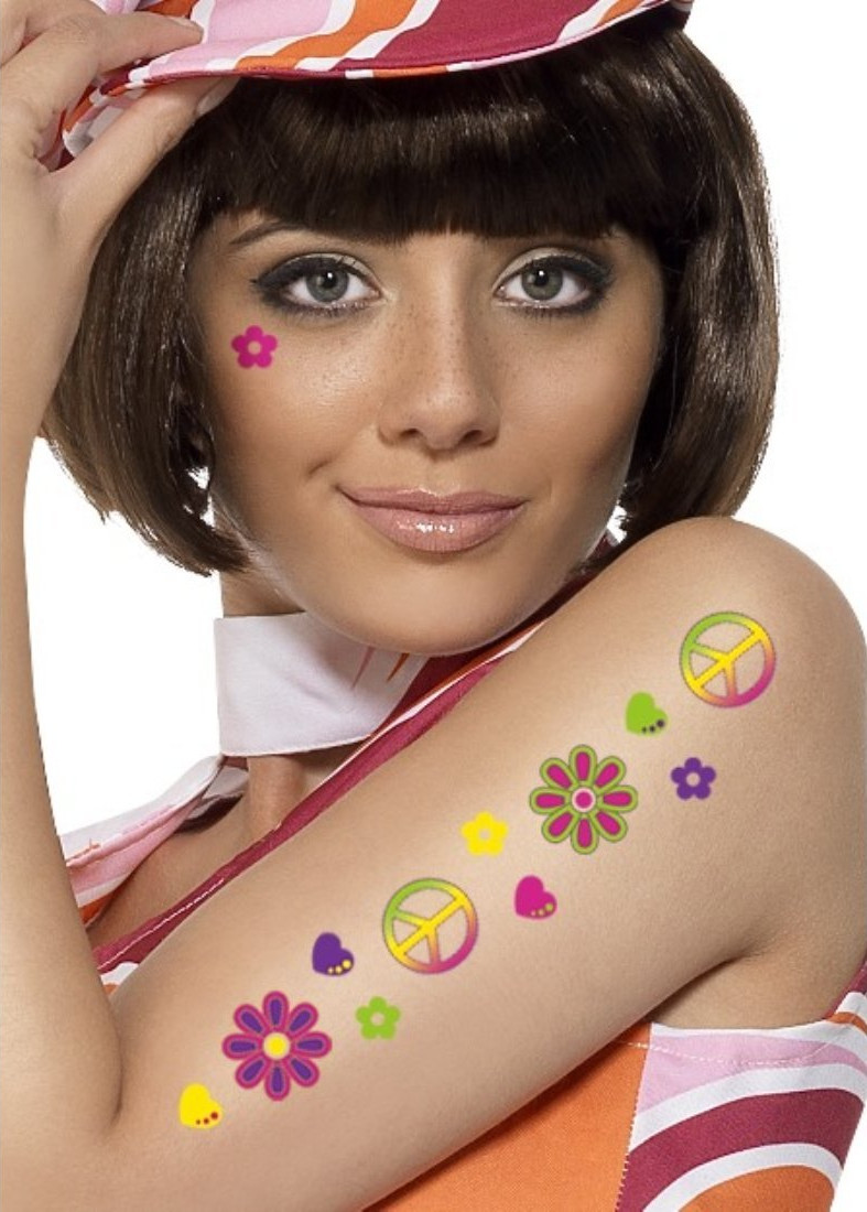 tatuaggi-temporanei-metallici-dorati-colorati-neri-esempi-moda-01