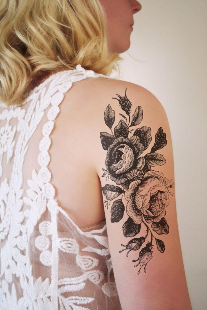 tatuaggi-temporanei-metallici-dorati-colorati-neri-esempi-moda-11