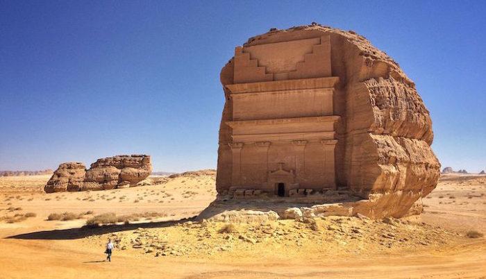 tomba-sepolcro-Qasr-al-Farid-arabia-saudita-archeologia-1