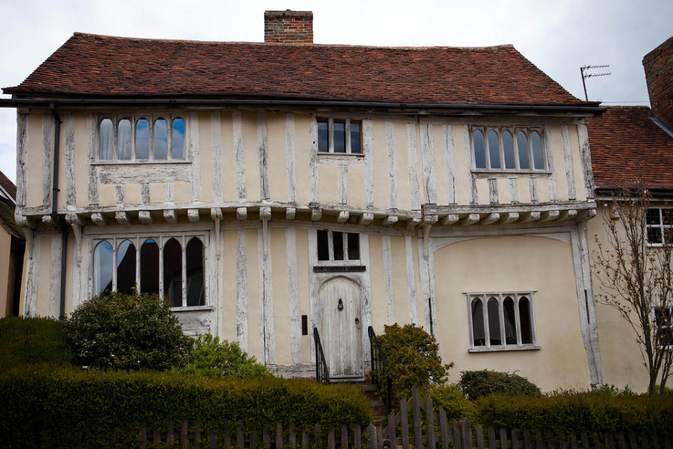 Lavenham-villaggio-inghilterra-case-storte-inclinate-12