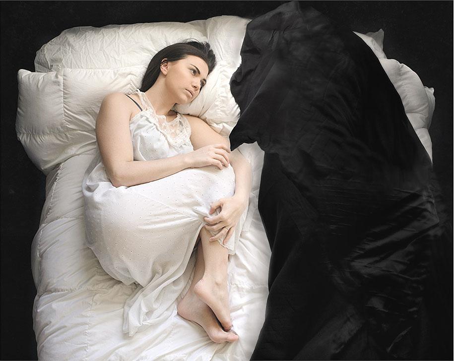 ansia-depressione-foto-surreali-autoritratti-katie-crawford-05