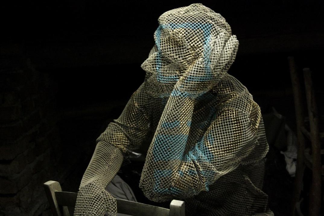 arte-scultura-filo-maglia-metallo-edoardo-tresoldi-11