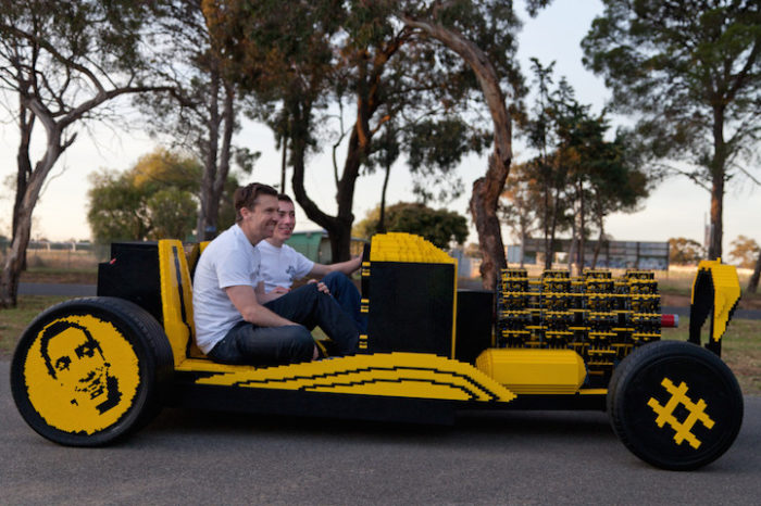 automobile-lego-grandezza-naturale-hot-rod-samp-3