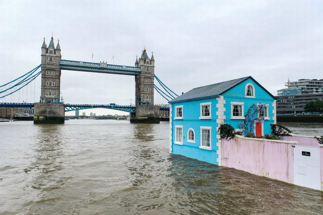 casa-galleggiante-londra-case-strane-airbnb-06