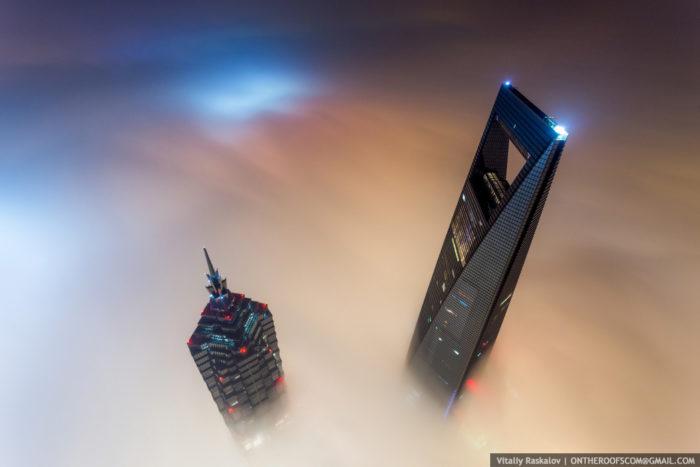 coppia-scalata-grattacielo-shanghai-tower-vitality-raskalov-03