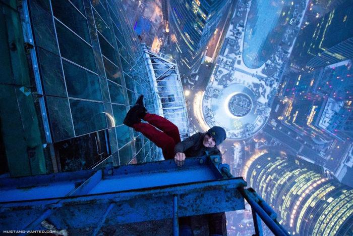 coppia-scalata-grattacielo-shanghai-tower-vitality-raskalov-103