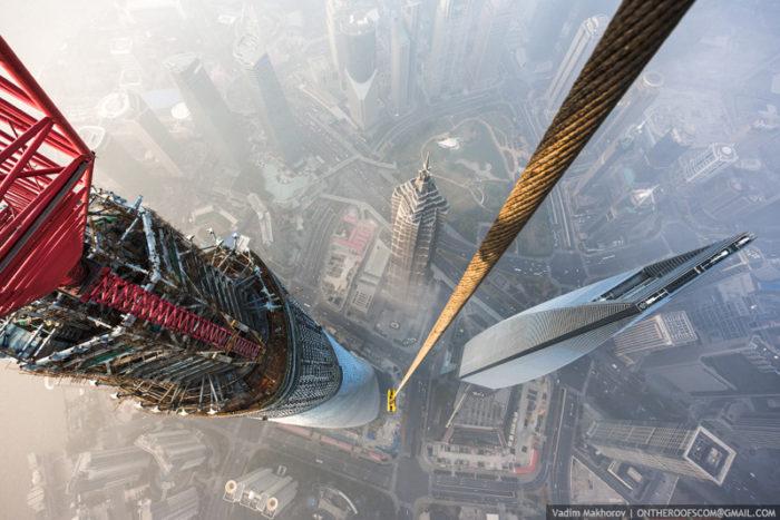 coppia-scalata-grattacielo-shanghai-tower-vitality-raskalov-12