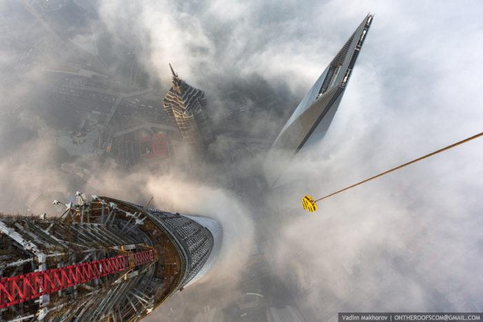 coppia-scalata-grattacielo-shanghai-tower-vitality-raskalov-15