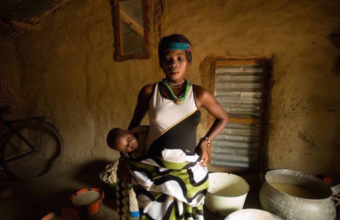 La fotoreporter Annie Griffiths documenta lo straordinario potere delle donne nel mondo