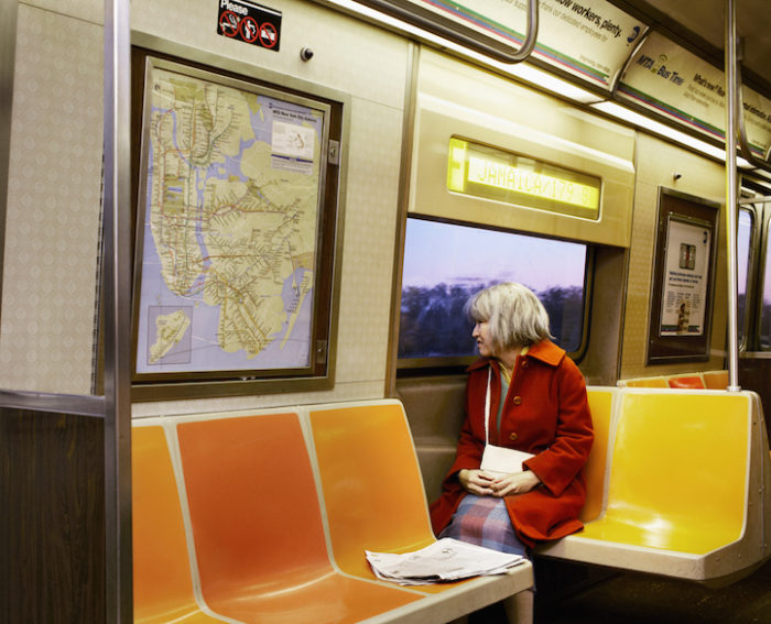 fotografa-travestita-da-signora-anziana-new-york-10