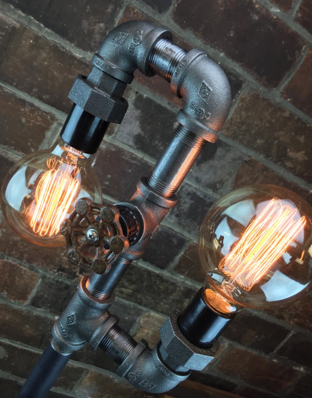 lampade-applique-stile-industrial-bottiglie-vetro-tubi ...