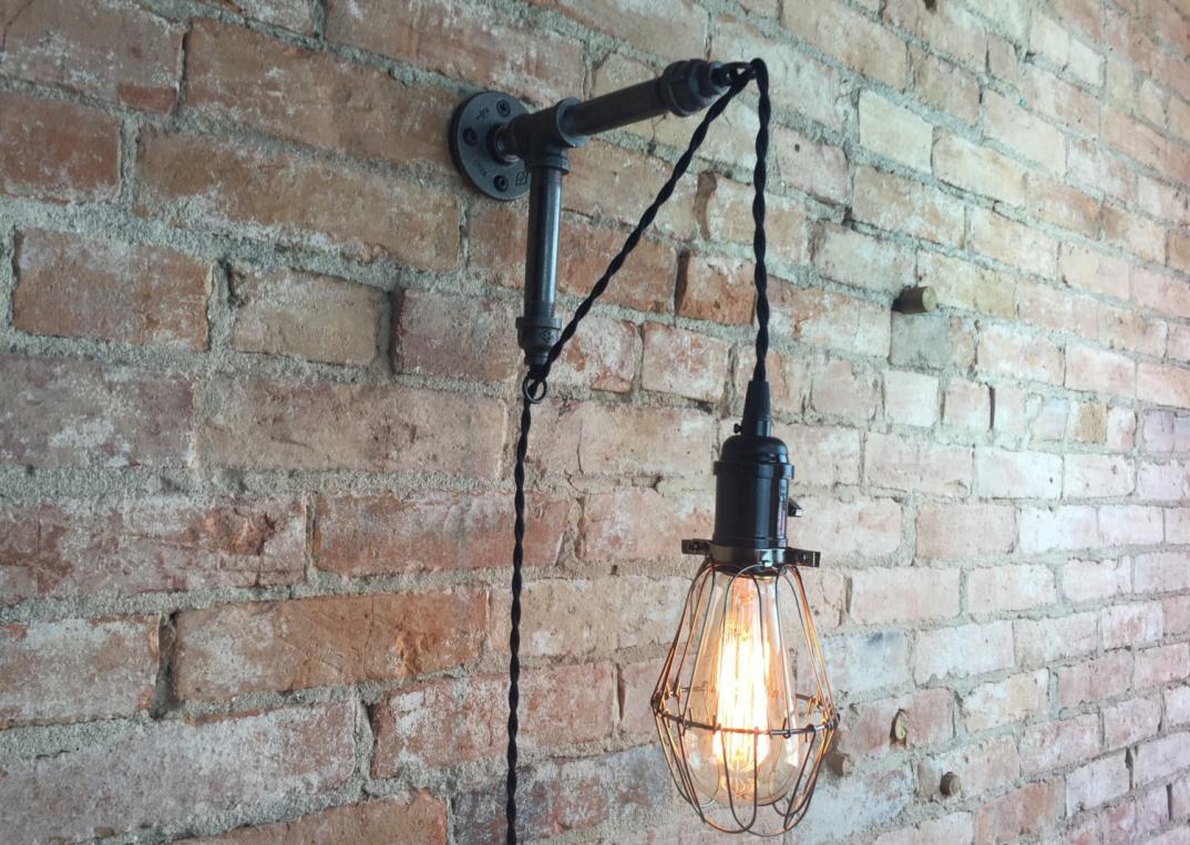 Lampade applique stile industrial bottiglie vetro tubi metallo
