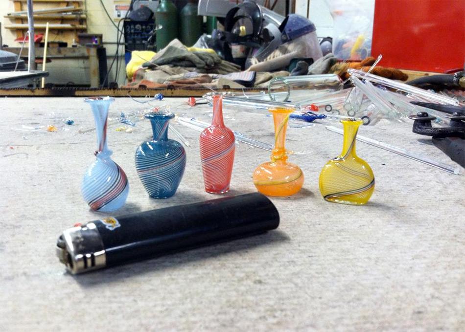 miniature-vetro-soffiato-a-mano-bicchieri-bottiglie-vasi-kiva-ford-3