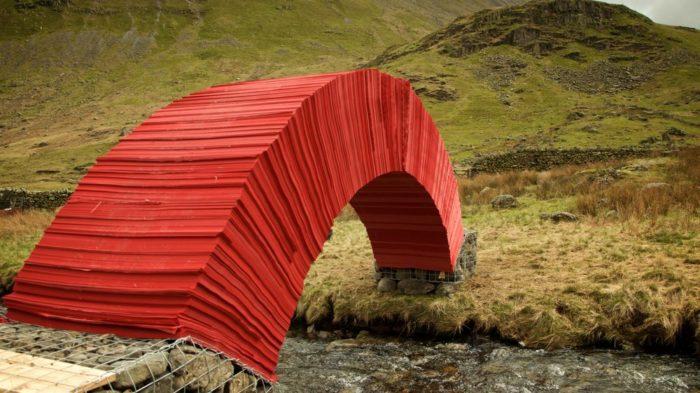 ponte-di-carta-rossa-torrente-gran-bretagna-12