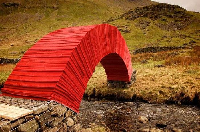 ponte-di-carta-rossa-torrente-gran-bretagna-3