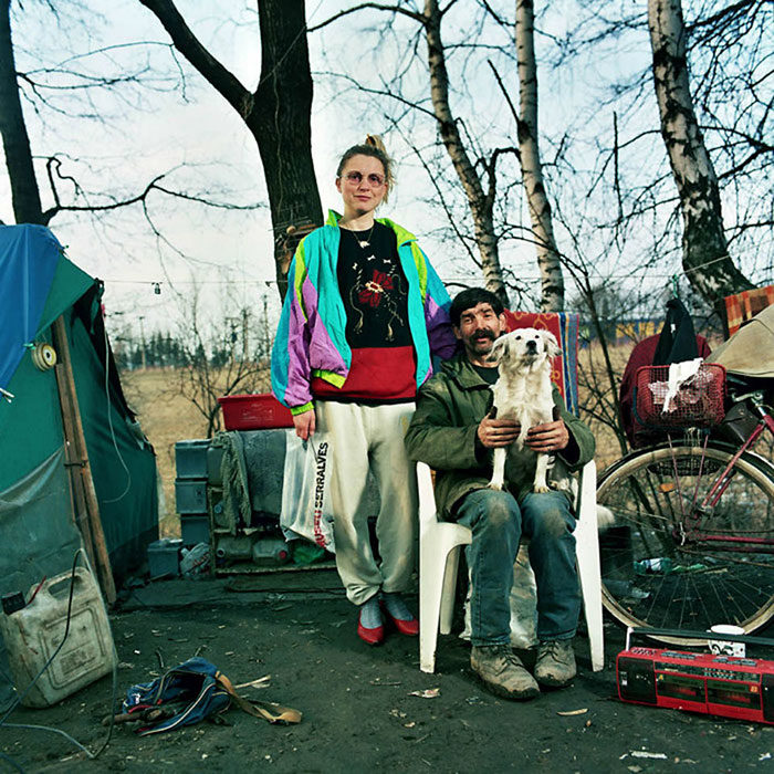 ritratti-fotografici-donna-con-diversi-uomini-famiglie-dita-pepe-14