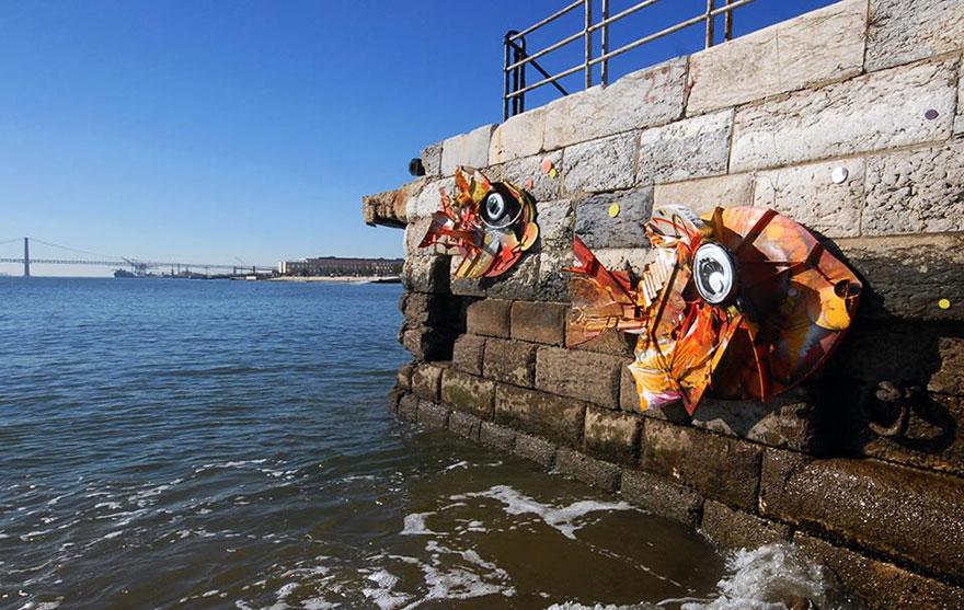 sculture-street-art-rifiuti-rottami-animali-artur-bordalo-10