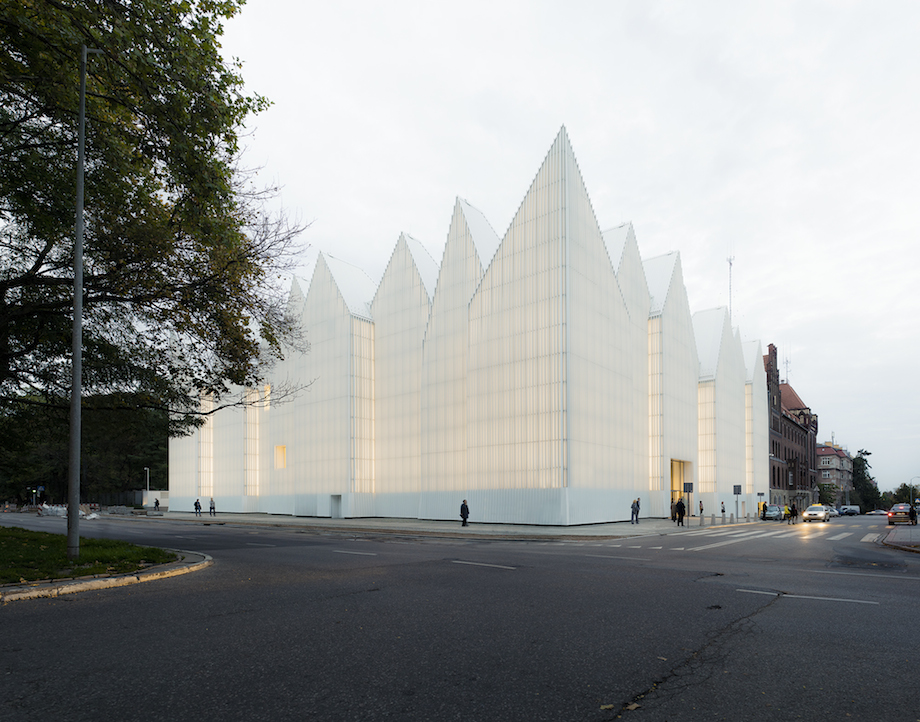 Szczecin-Stettino-auditorium-filarmonica-sede-iceberg-architettura-polonia-1