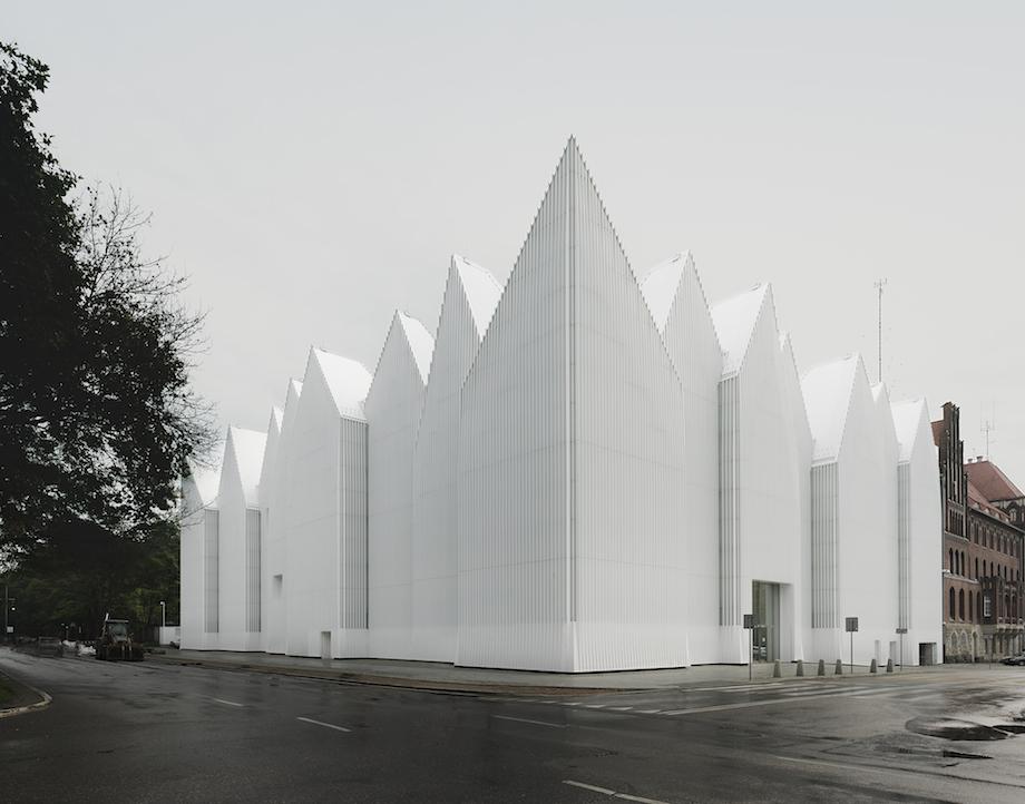 Szczecin-Stettino-auditorium-filarmonica-sede-iceberg-architettura-polonia-8
