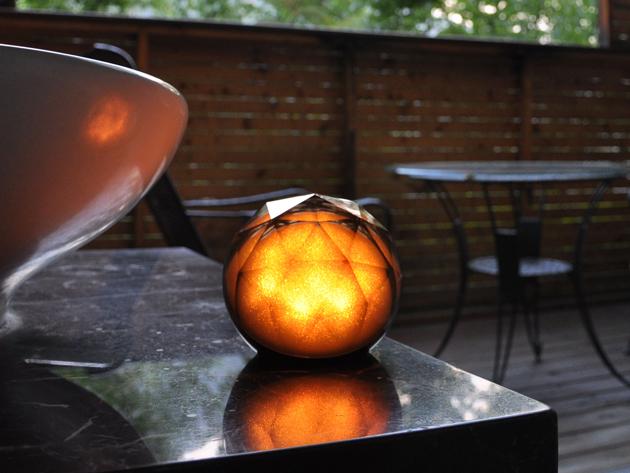 altoparlante-sveglia-lampada-musica-illuminazione-atmosfera-arredamento-design-yantouch-diamond-2