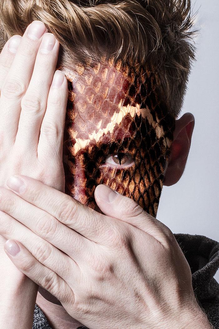 arte-ritratti-volti-umani-animali-faces-of-the-wild-david-mitchell-09