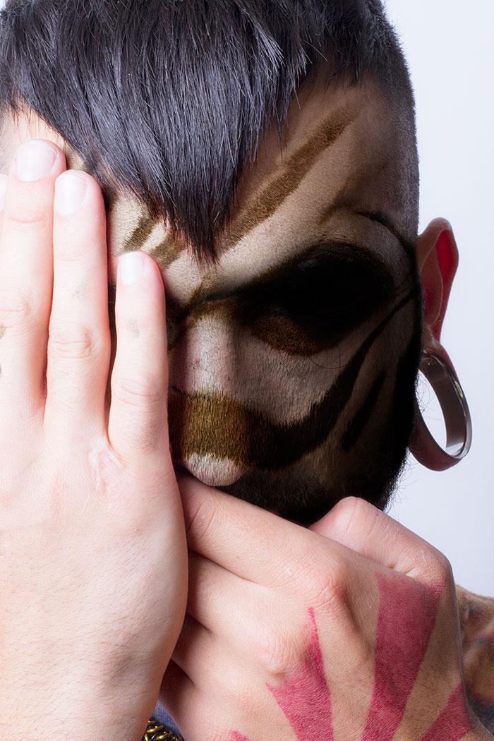 arte-ritratti-volti-umani-animali-faces-of-the-wild-david-mitchell-13