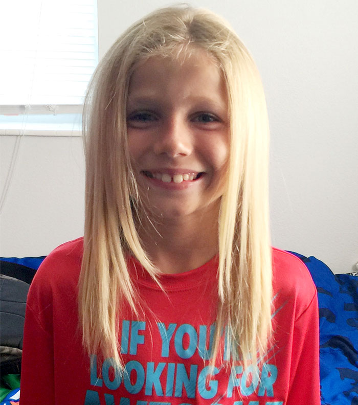 bambino-capelli-lunghi-dona-bambini-cancro-parrucche-1