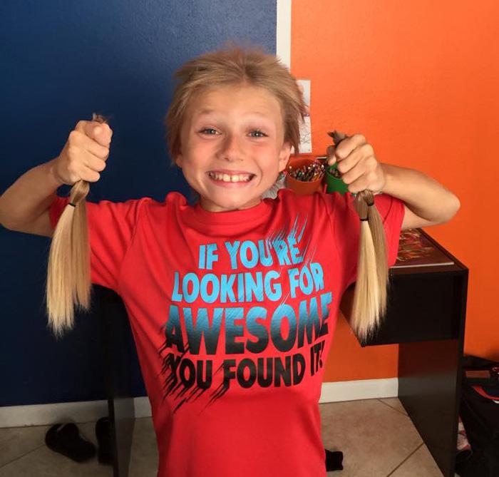 bambino-capelli-lunghi-dona-bambini-cancro-parrucche-7