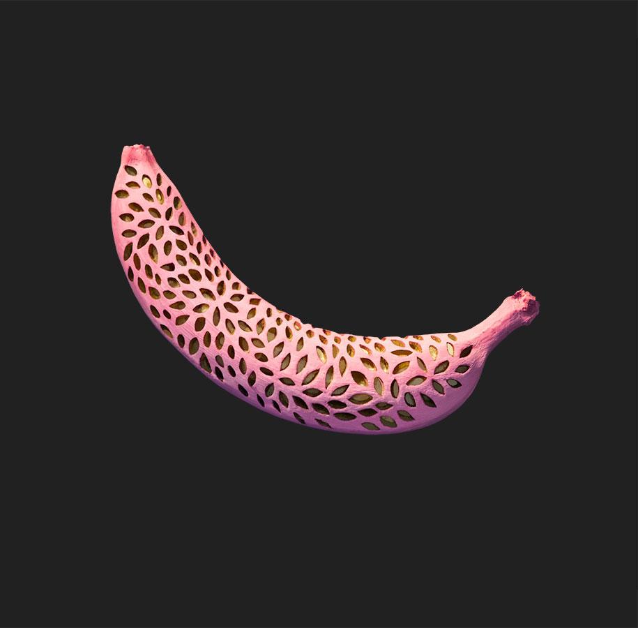 banane-dipinte-incise-sculture-dan-cretu-4