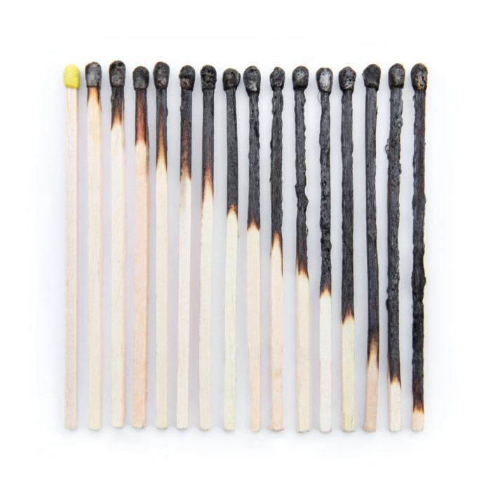 composizioni-oggetti-comuni-emily-blincoe-06