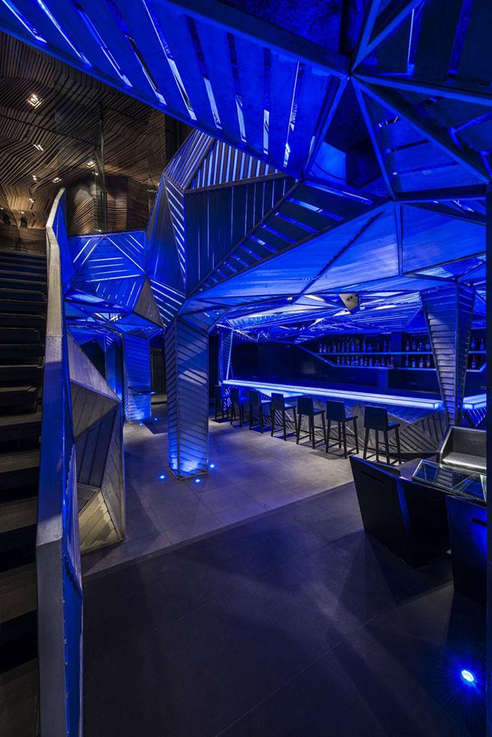 design-interni-locali-bar-ristoranti-creativi-sensazionali-35
