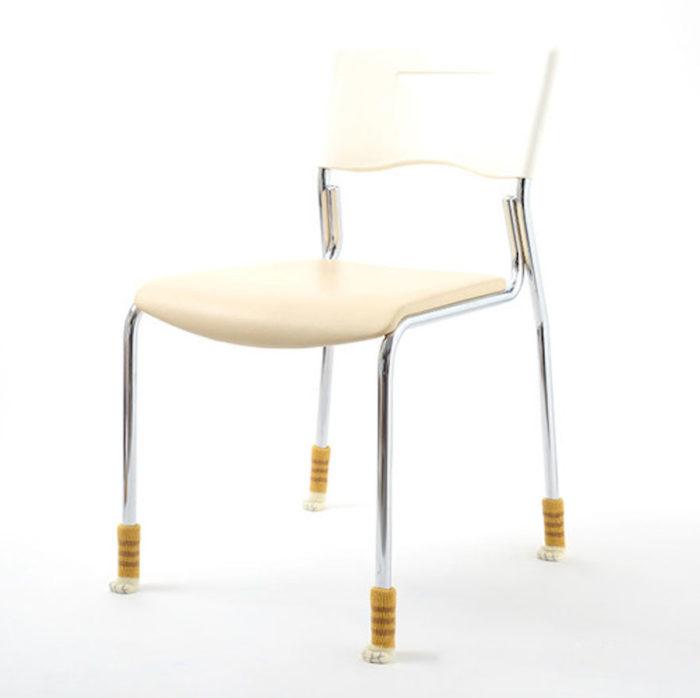 feltrini-sedie-calzini-zampa-gatto-nekoashi-toyo-case-09