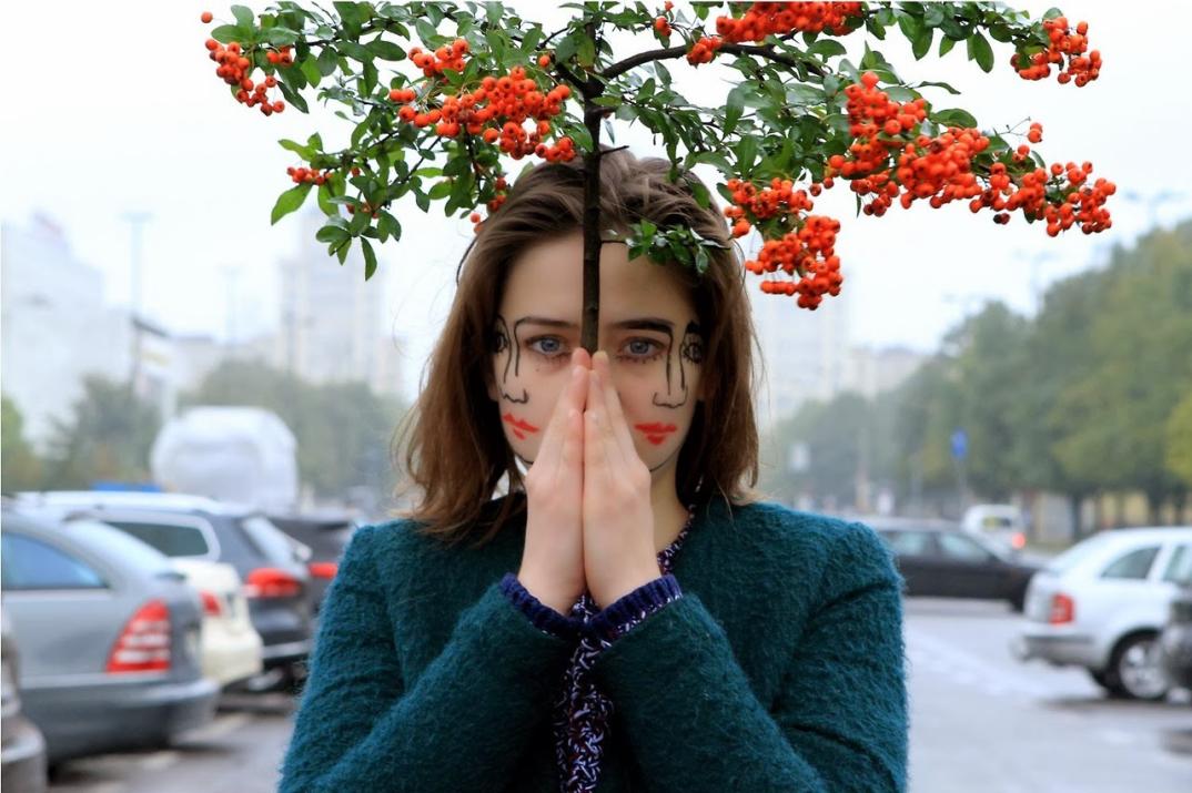 fotografia-arte-ritratti-ragazza-doppio-volto-doubleface-sebastian-Bieniek-18