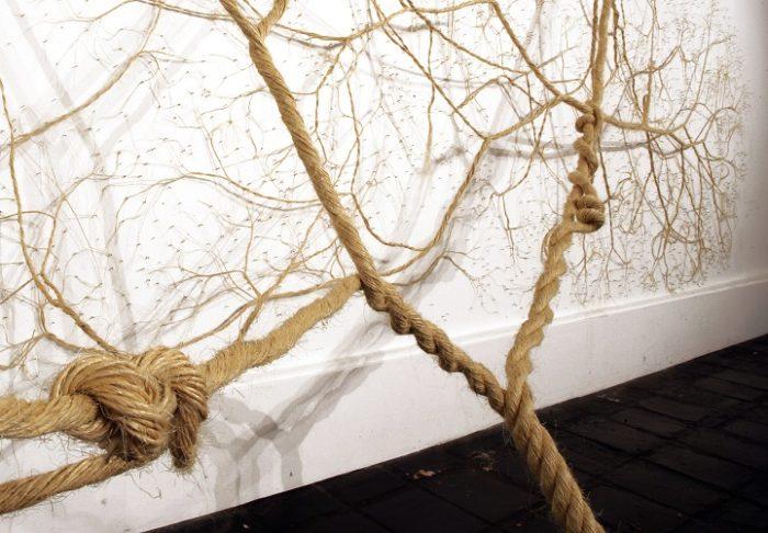installazioni-arte-sculture-corda-corde-alberi-radici-rami-mello-landini-11