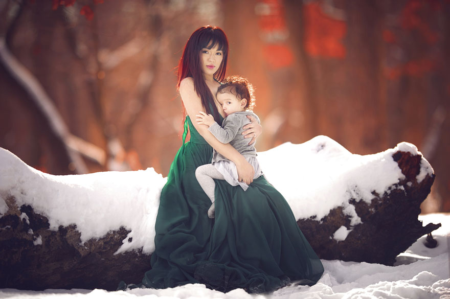 maternità-allattamento-al-seno-in-pubblico-fotografia-ivette-ivens-05