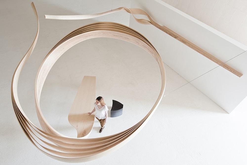 mobili-oggetti-legno-piegato-curvato-design-joseph-walsh-studio-03