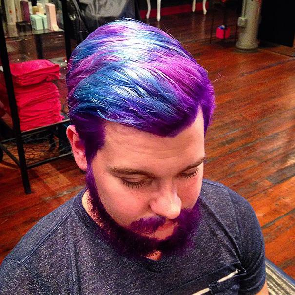 moda-uomini-tritone-barba-capelli-tinti-colori-vivaci-12
