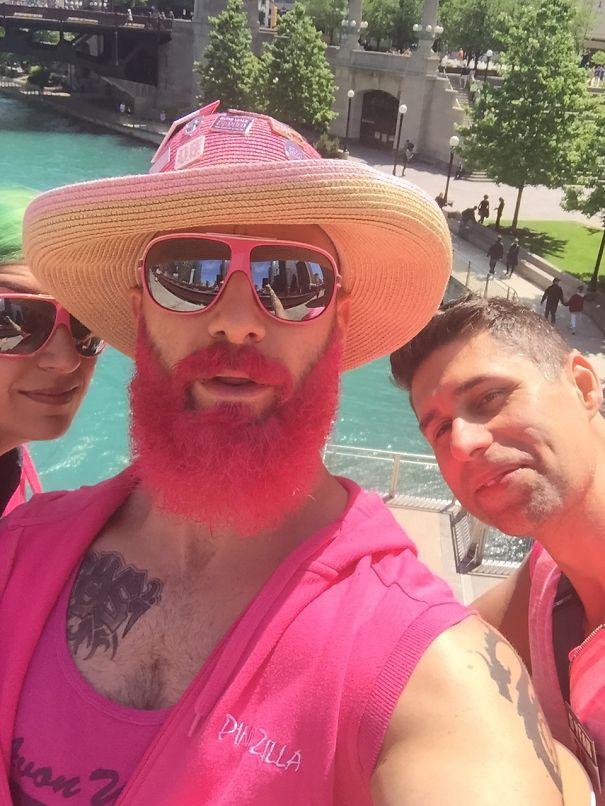 moda-uomini-tritone-barba-capelli-tinti-colori-vivaci-26