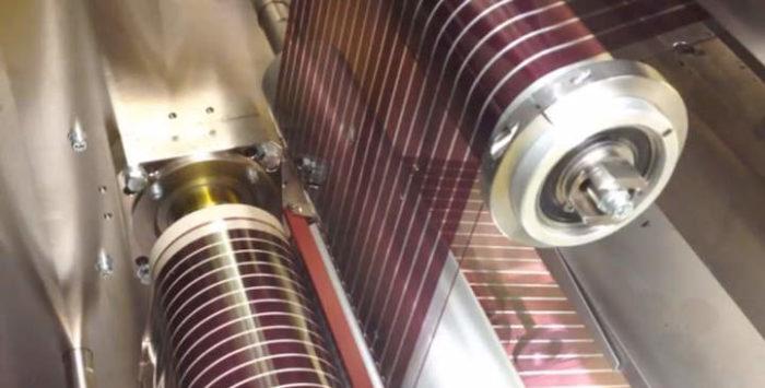 pannelli-solari-stampati-fotovoltaici-sottili-come-carta-2
