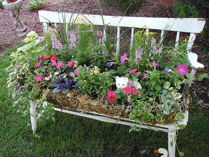 riciclare-mobili-vecchi-giardino-piante-idee-10