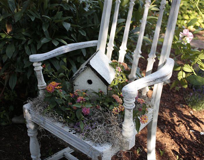 riciclare-mobili-vecchi-giardino-piante-idee-13