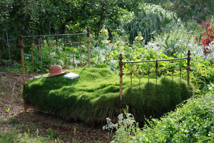 riciclare-mobili-vecchi-giardino-piante-idee-18