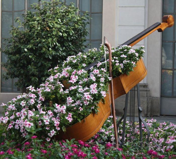 riciclare-mobili-vecchi-giardino-piante-idee-19