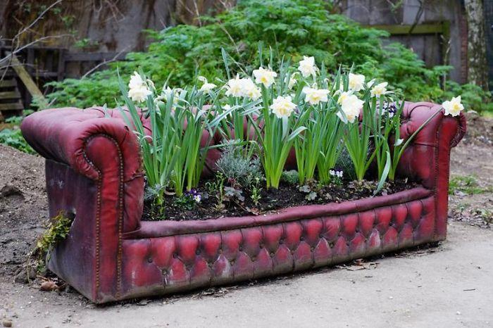 riciclare-mobili-vecchi-giardino-piante-idee-25