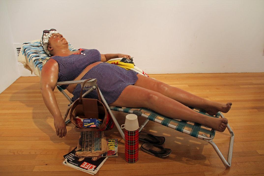 sculture-iper-realistiche-grandezza-naturale-persone-duane-hanson-10
