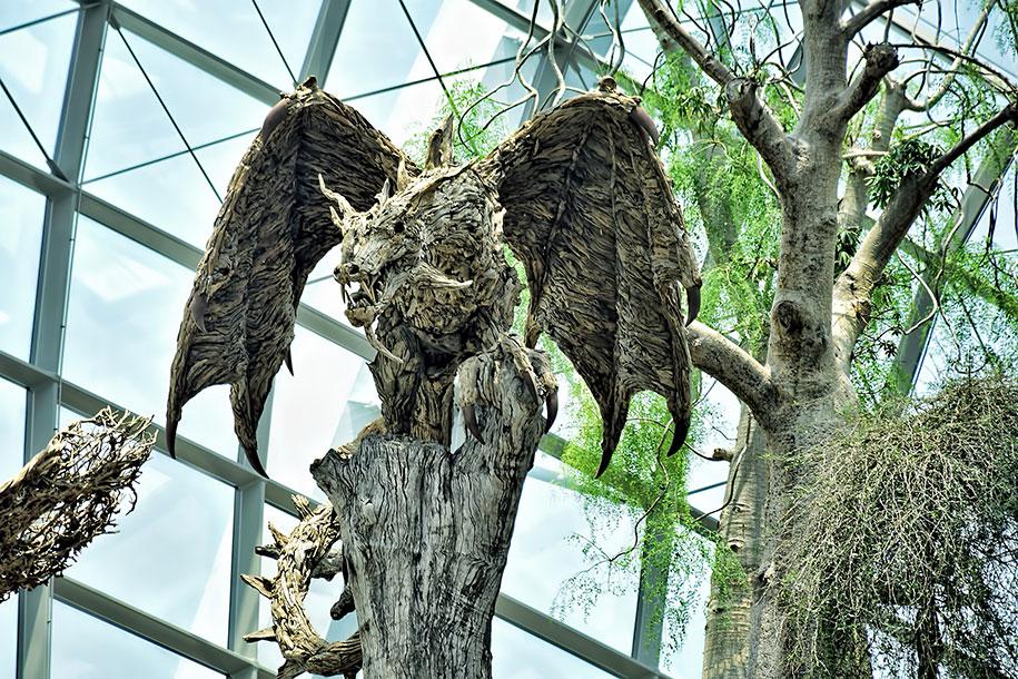 sculture-legno-riciclato-giganti-drahi-james-doran-webb-05
