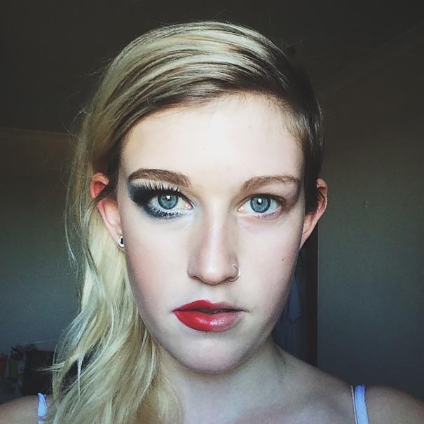 selfie-donne-metà-viso-makeup-video-trucco-29