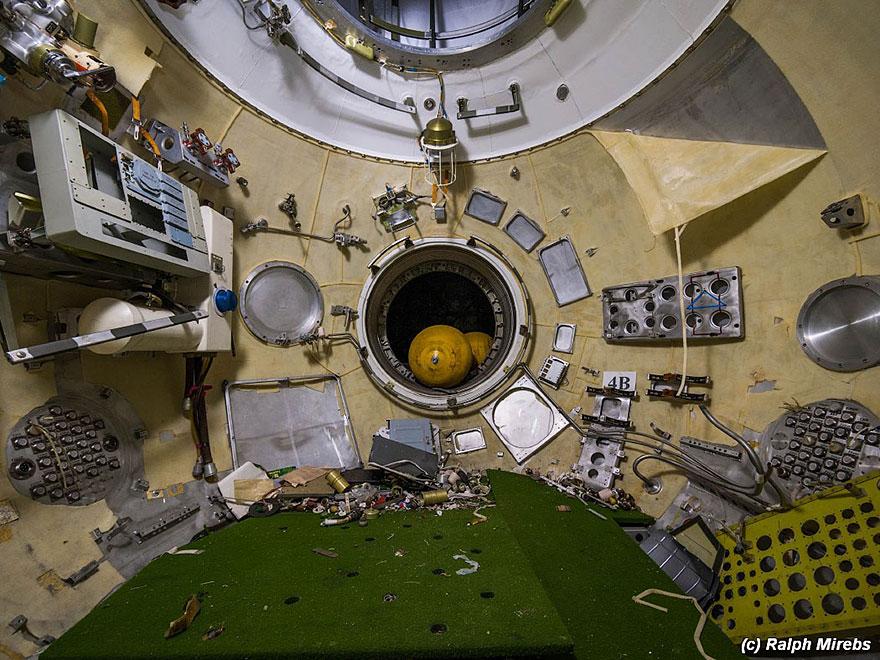 space-shuttle-sovietico-hangar-abbandonato-buran-cosmodomo-baikonur-03