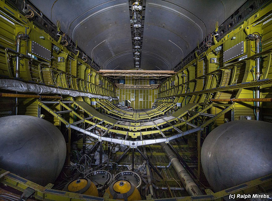 space-shuttle-sovietico-hangar-abbandonato-buran-cosmodomo-baikonur-06